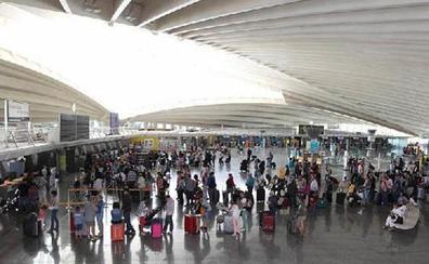 El personal de tierra de Iberia convoca paros en Loiu los días 8 y 9 de septiembre