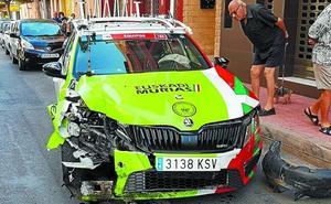 Espectacular accidente del coche del Murias