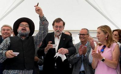 Rajoy dice que la situación política requiere «la paciencia» de quien cosecha vino