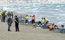 Muere un comandante tras estrellarse su caza contra el mar en Murcia