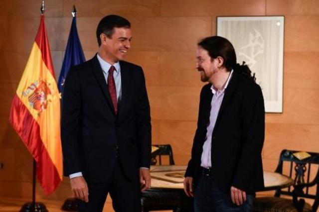 El PSOE tienta a Podemos al incluir propuestas suyas en la oferta de pacto programático