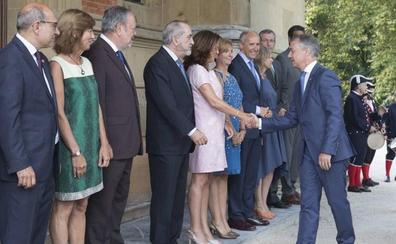 El Gobierno Vasco abre hoy el curso en Miramar con un ojo puesto en el Estado