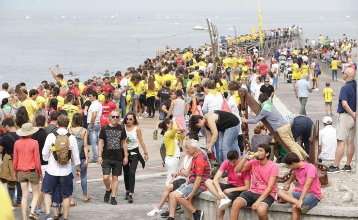 Gran ambiente en el primer domingo de regatas