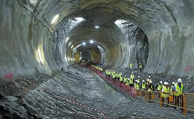 La pasante del Topo en Donostia avanza sin retraso y los trenes darán servicio a primeros de 2022