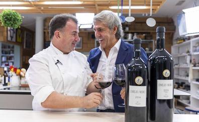 Martín Berasategui y José Moro ven la botella medio llena