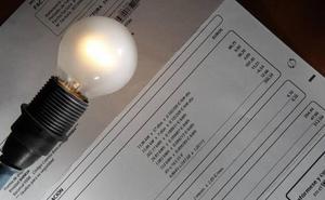 No hay obligación de pagar facturas de gas y luz que sean de hace más de un año