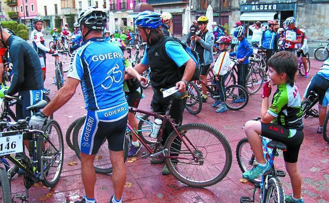 Fiesta cicloturista por el bidegorri