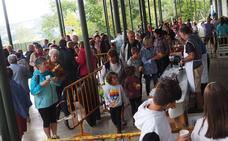 La fiesta de la cruz de Beloki bajó a Antigua, pero hubo «ambientazo»