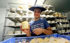 Un día con Julen Arburua, ganador del concurso de quesos de Ordizia