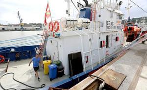 El 'Aita Mari' pide el despacho para zarpar en la misión humanitaria al Mediterráneo