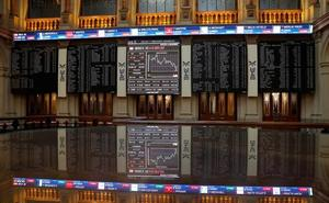 El Ibex-35 cierra al alza una sesión volátil por el BCE