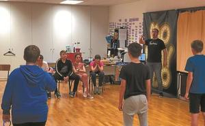Irazan crea una escuela de teatro