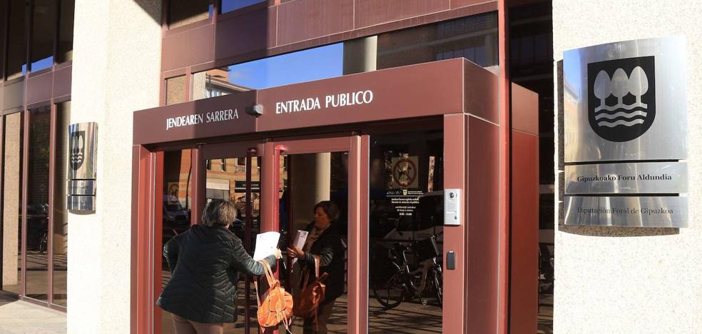Gipuzkoa sigue como 'farolillo rojo' de la recaudación fiscal vasca