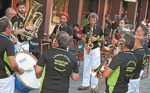 Con música, la txaranga Oaintxe in deu! inicia hoy las fiestas en Sasoeta