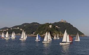 Una veintena de veleros participa en la regata de Gipuzkoa