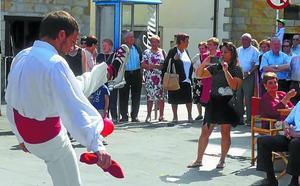 Los mayores de Urretxu celebran hoy su día con una comida en Ederrena