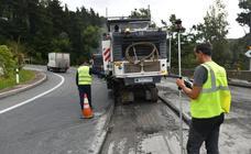 Comienza el asfaltado de Etzegarate