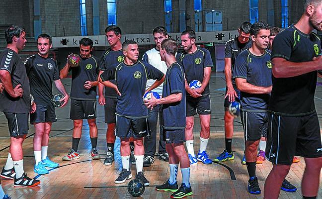 El Somos cierra mañana la pretemporada y la primera fase de la Copa frente al Elgoibar