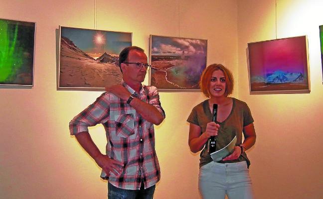 Lizarazu acoge la exposición de fotografía 'Iparraldeko argiak'