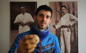 Jokin Altuna: «El Cuatro y medio pierde mucho con la baja de Aimar»