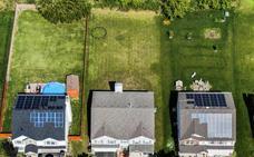 Paneles solares y nada de aviones: así viven los revolucionarios del clima