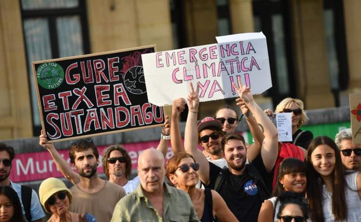 Jóvenes guipuzcoanos contra el cambio climático