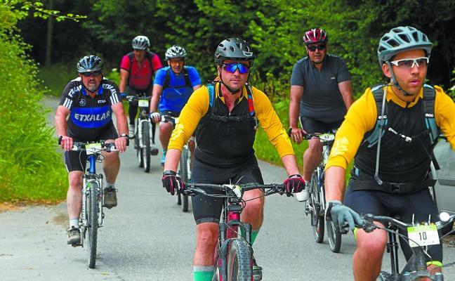 Todo está preparado para la marcha cicloturista Ederbidea del domingo