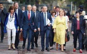 Urkullu garantiza «estabilidad» para aislar a Euskadi de la «tensión política» del Estado