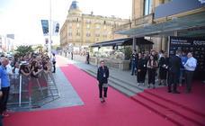 Kristen Stewart brilla en la alfombra roja