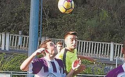 Intensa jornada de fútbol con el derbi entre el Mondra y el Bergara como plato fuerte