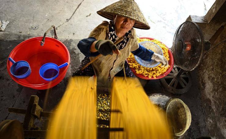Más de un siglo fabricando hilo de seda