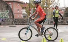 Las dos ruedas tomaron la calle en la Bizikleta Festa