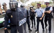 La operación contra los CDR y el envío de antidisturbios abren una profunda crisis entre Interior y los Mossos