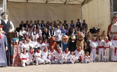Musica, bailes y concursos para festejar la Euskal Jaia debarra