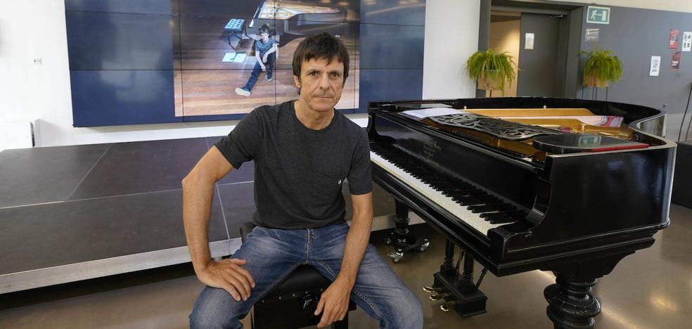 Joserra Senperena vuelve a la sencillez del piano solo