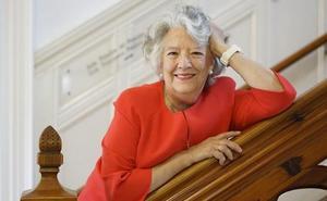 María Ángeles Durán: «Si la mujer no asumiera los cuidados a dependientes en el hogar, los impuestos se dispararían»