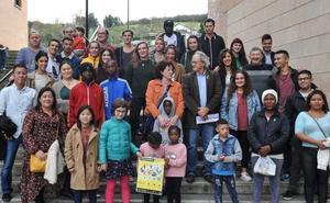 Bizilagunak busca familias para compartir comidas solidarias