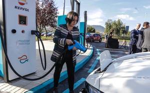 Abre en Bizkaia la electrolinera más rápida de Europa: recarga en 10 minutos