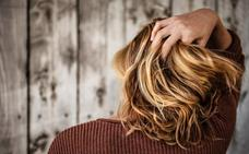 Los contaminantes atmosféricos también afectan a la pérdida de cabello