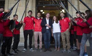 Reconocimiento a los éxitos de Santiagotarrak en el Mundial