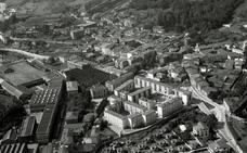 Panorámica de la villa cerrajera en el año 1961