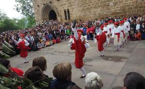 Irrintzi bailará mañana la ezpata dantza en la iglesia de Santa María de Donostia