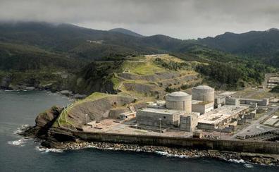 El Gobierno traspasa a Euskadi los terrenos de la central nuclear de Lemoiz