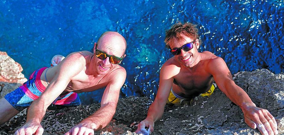 Los hermanos Pou, de Mallorca al Himalaya