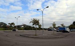Los prefabricados por las obras del polideportivo se instalarán en el parking