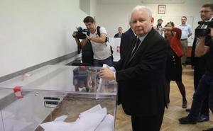 Los ultranacionalistas ganan las elecciones legislativas en Polonia, según los sondeos