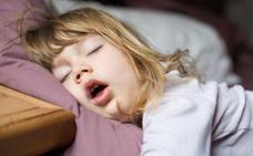 El extraño caso de la familia que era feliz durmiendo cuatro horas al día