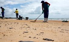 Derrame de petróleo en la playa Coruripe