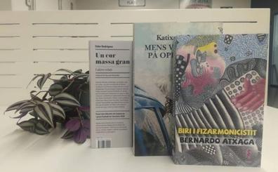 Katixa Agirre, Eider Rodriguez eta Bernardo Atxagaren lanak itzuli dituzte