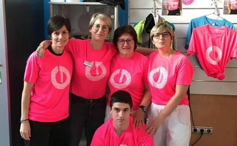 Los polideportivos se unen al día mundial contra el cáncer de mama